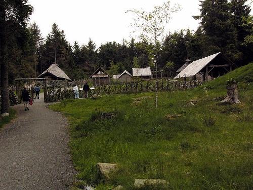 village (500x375)